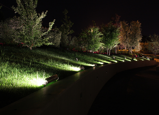 realizzazione illuminazione esterna giardini